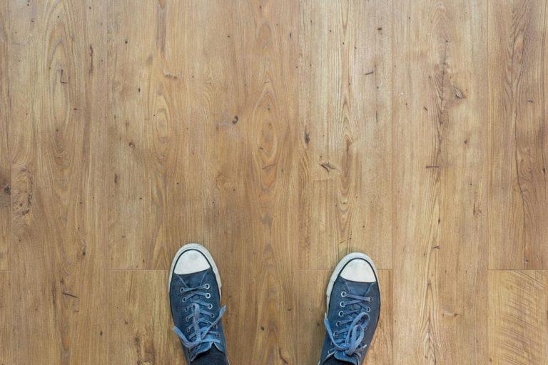 Jak dobrać panele podłogowe do naszych pomieszczeń?