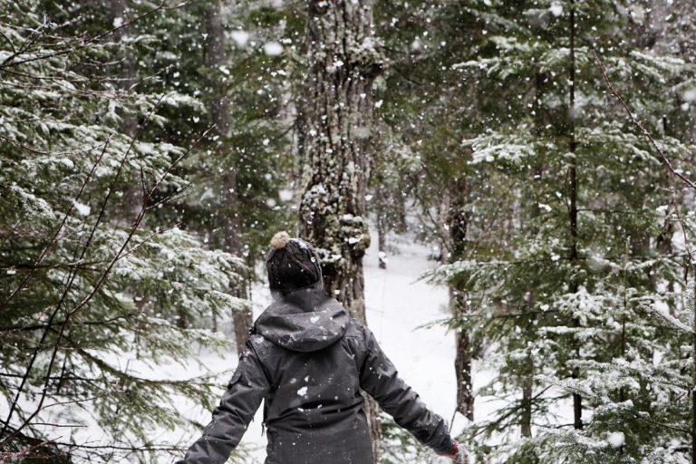 Jak wybrać dobra kurtkę zimową dla kobiety?