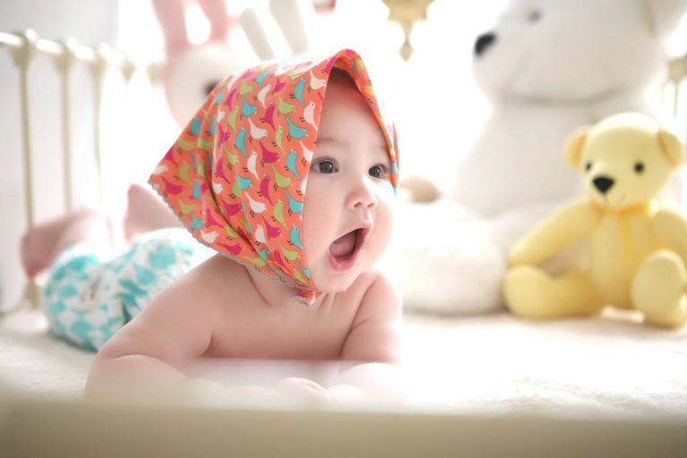 Na co zwrócić uwagę kupując materac do łóżeczka dla dziecka?