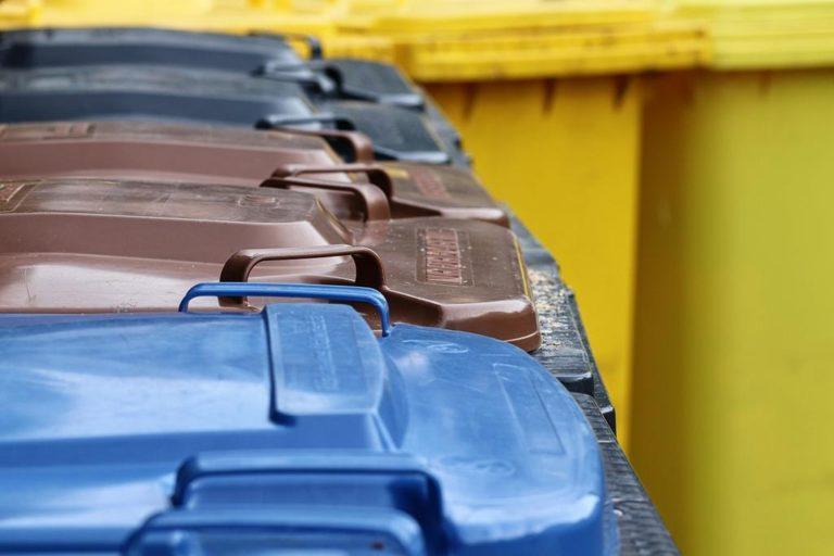 W sprzedaży znajdziemy szeroki wybór worków na odpady